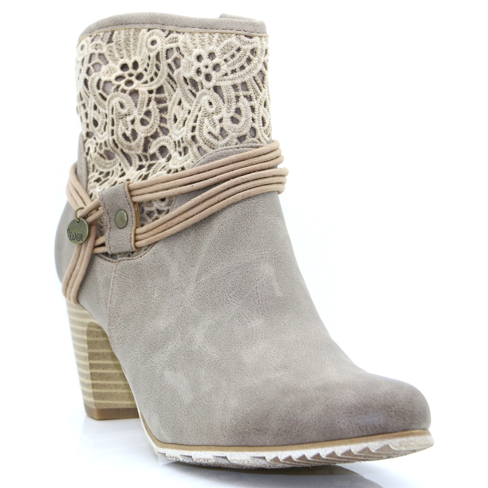 25301--20 - S. OLIVER PEPPER LACE ANKLE BOOTS