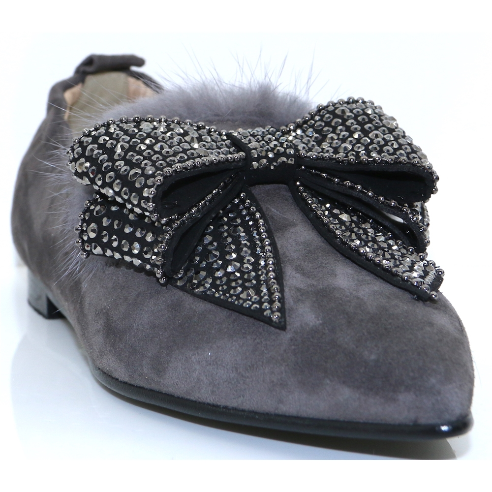 4197 - NICOLA SEXTON GREY SLIP ON SHOES WITH BOW