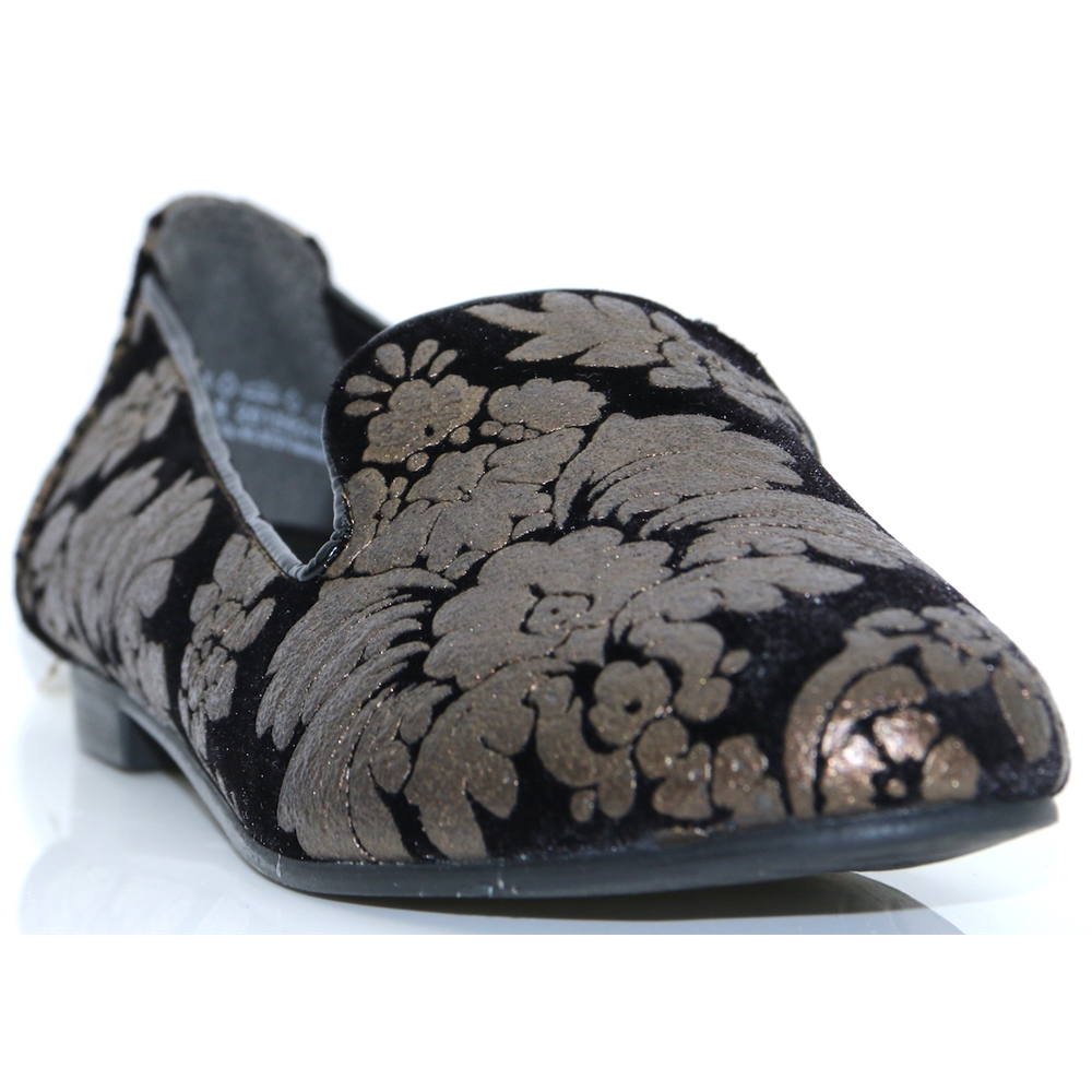 24200-31 - MARCO TOZZI BLACK FLORAL SLIP ON SHOES