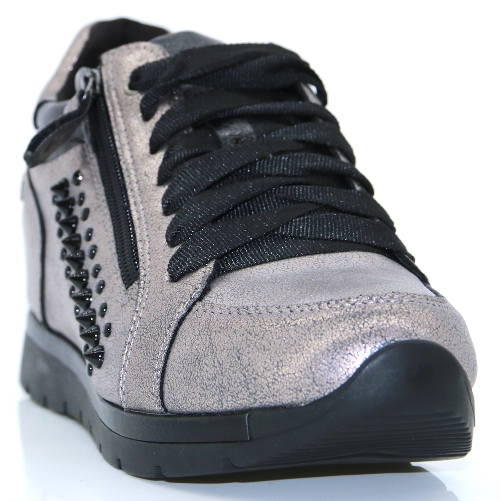 48268 - XTI PEWTER TRAINERS WITH STUDS
