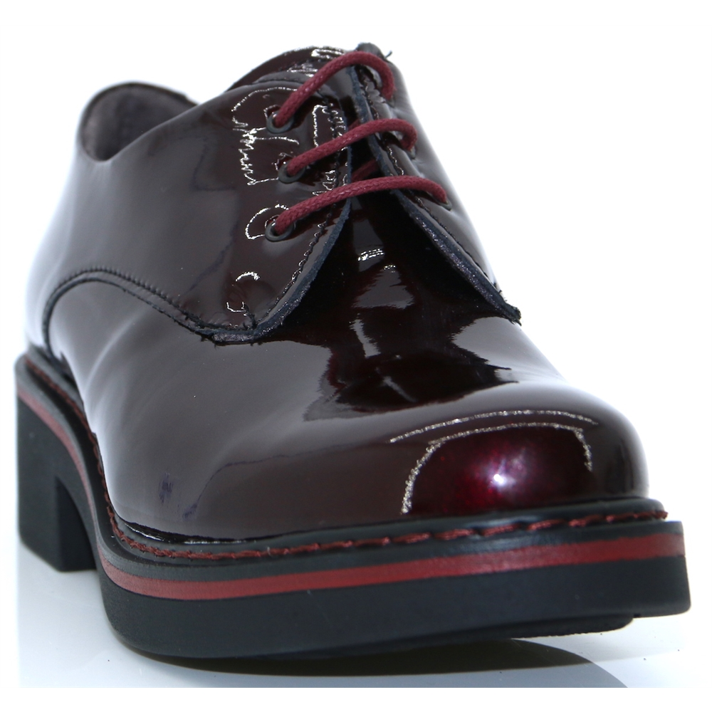 5330 - PITILLOS BORDO PATENT LACE UP SHOES