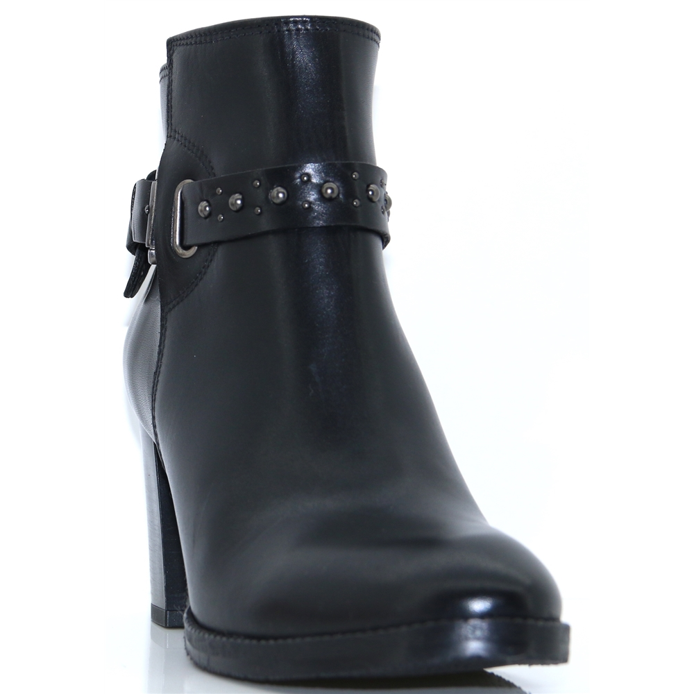 9028 - NANO BLACK ANKLE BOOTS