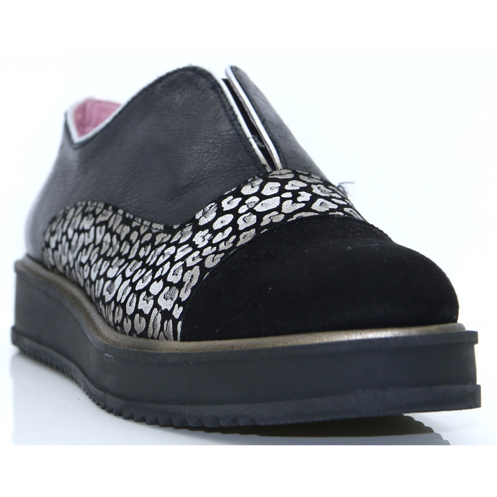 1704 OTR - MARIA LEON BLACK AND SILVER SLIP ON SHOES