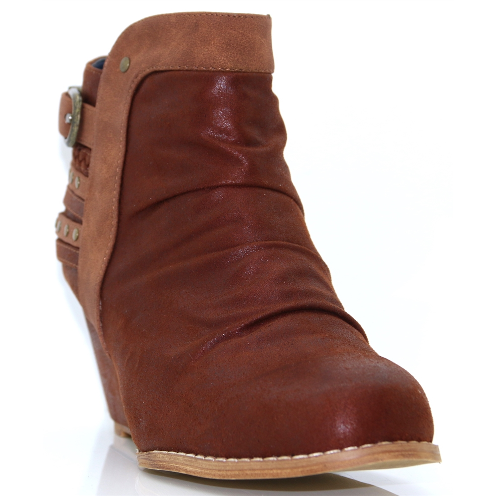 Pavia - ESCAPE FUDGE WEDGE ANKLE BOOTS