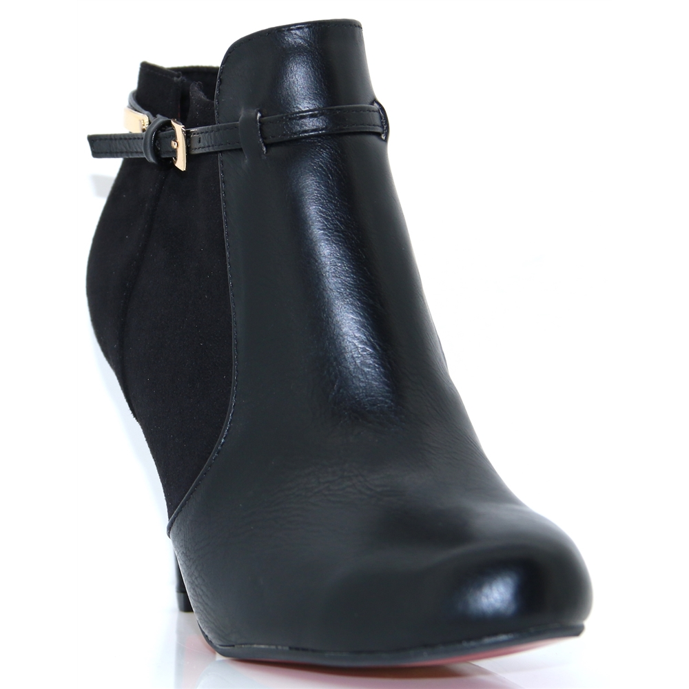 Sheen - KATE APPLEBY BLACK ANKLE BOOTS