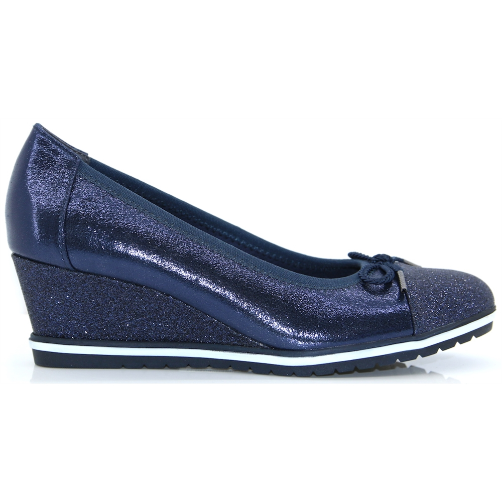 22461-22 - TAMARIS NAVY MID HEIGHT WEDGES