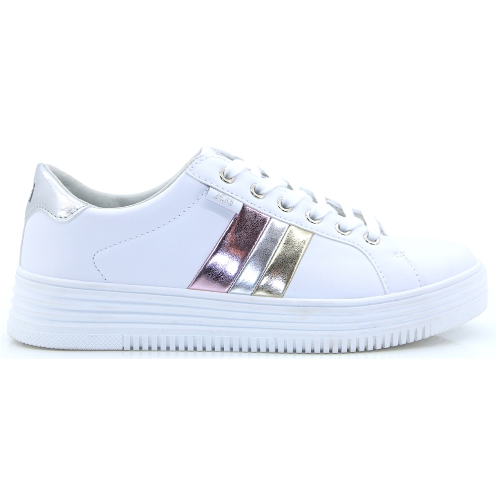 48891 - XTI WHITE TRAINERS WITH METALLIC STRIPES