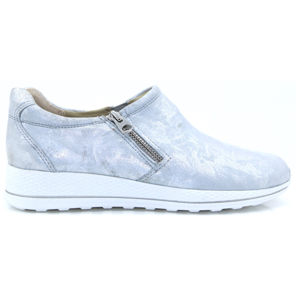 24702-22 - CAPRICE SILVER TRAINERS