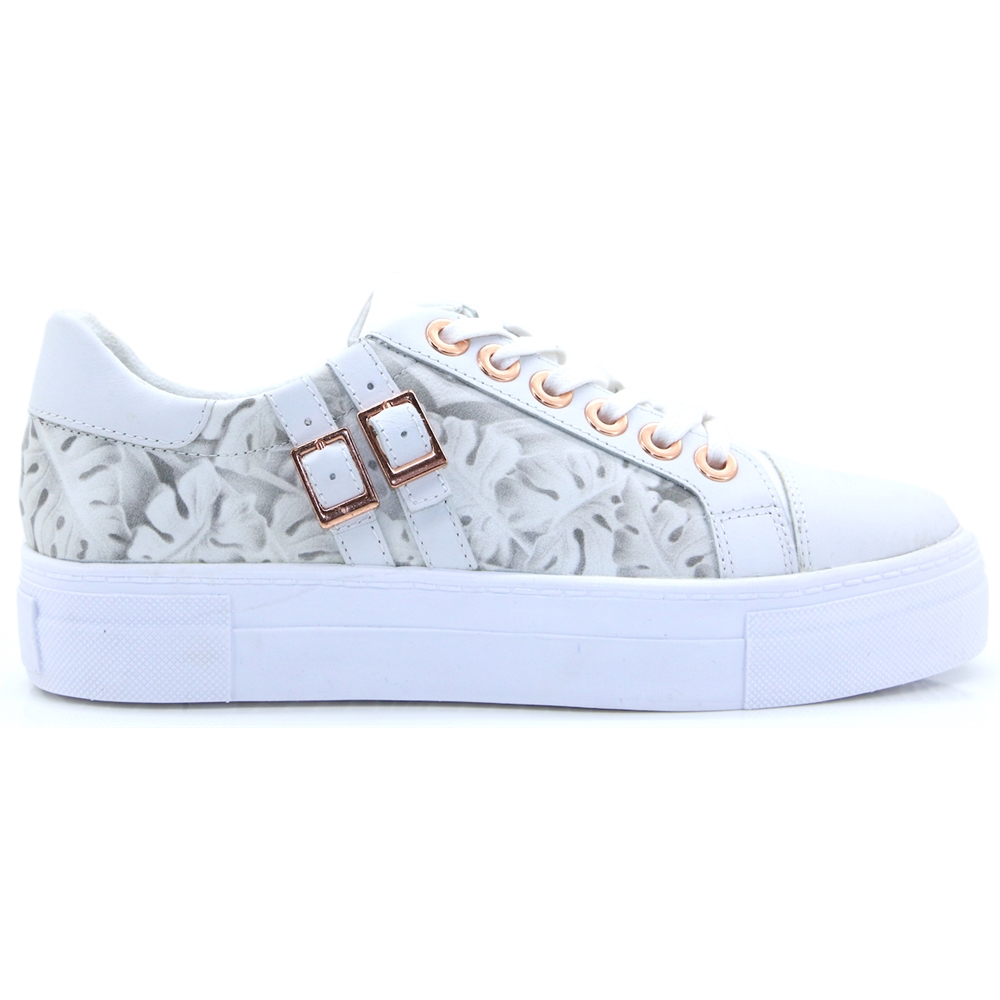 23725-22 - TAMARIS WHITE PRINT TRAINERS
