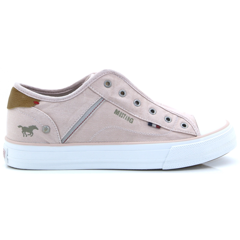 1272-401 - MUSTANG ROSE SLIP ON TRAINERS