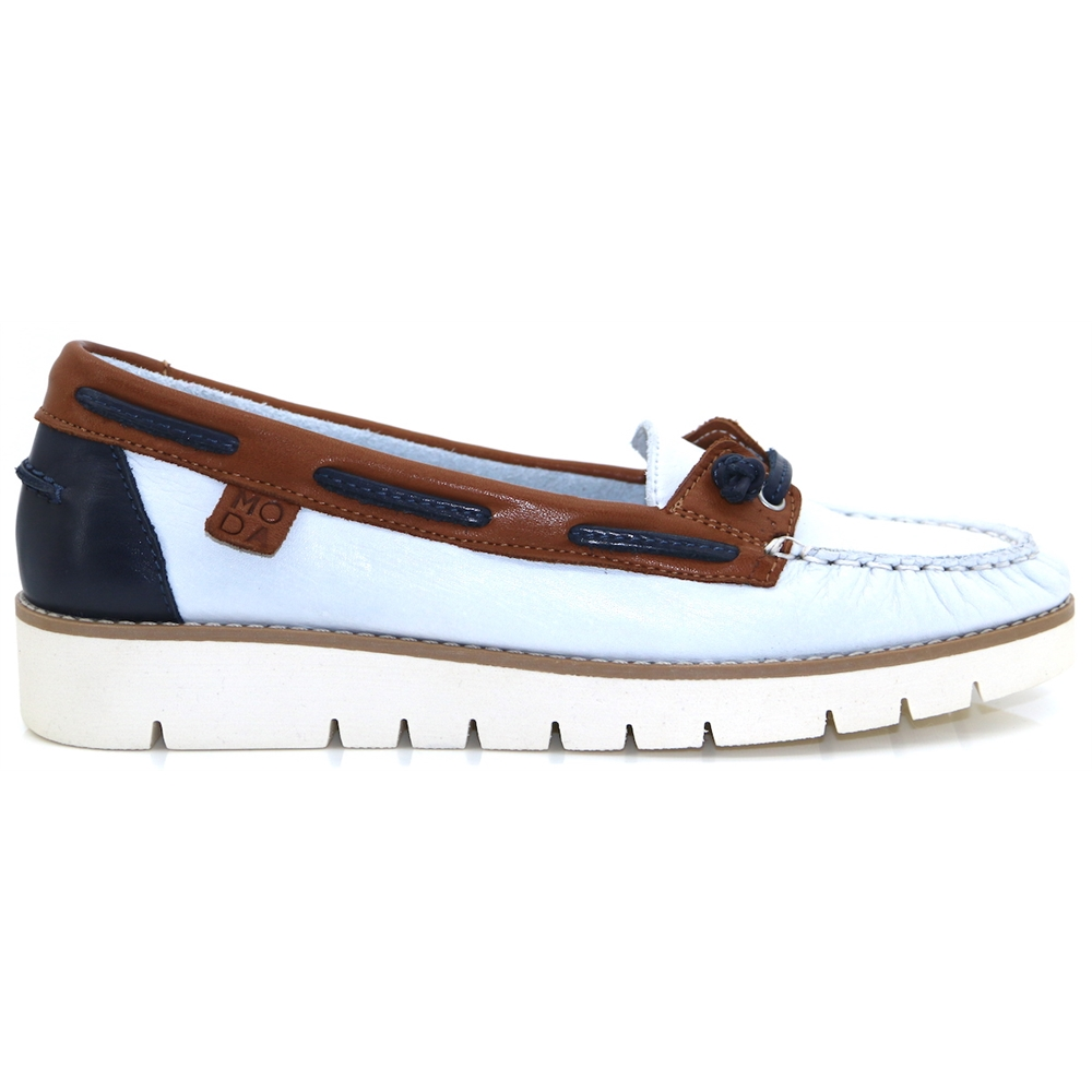 Arela - MODA IN PELLE WHITE AND NAVY LOAFERS