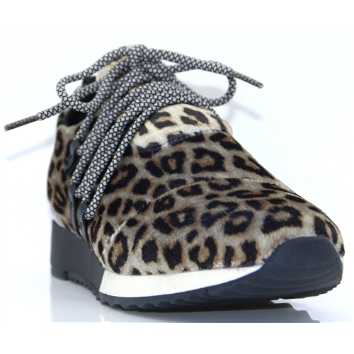 437806 - SPROX LEOPARD PRINT SLIP ON TRAINERS