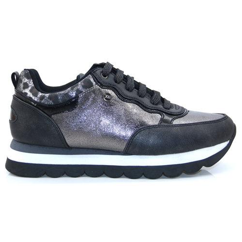 44364 - Xti Pewter Trainers