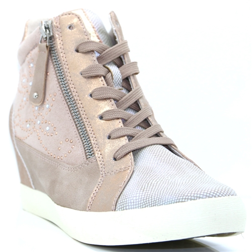 384736 - MILLIE & CO NUDE WEDGE TRAINERS